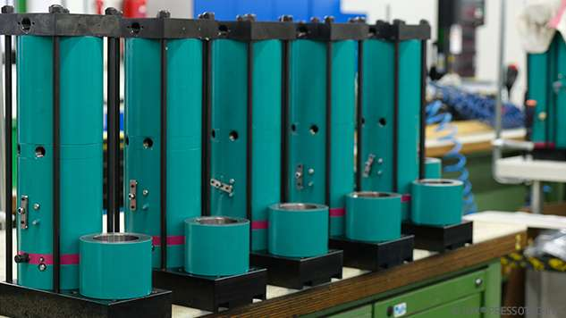 LG Chem ordered 333 TOX®-Powerpackages. These are produced at TOX® PRESSOTECHNIK